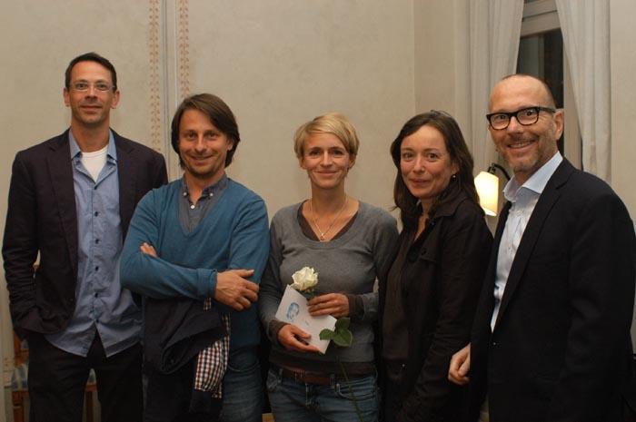 Gewinnerin Barbara Schnalzger (Mitte) mit den Juroren (von links) Jan Torke, Robert Schimke, Franciska Zólyom und Dirk Steiner.